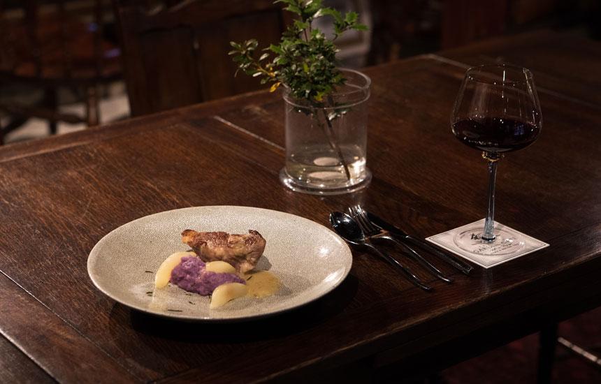 老舗でありながら革新的。湯沢の〈ヤマモ味噌醤油醸造元〉がカフェで追究する新しい発酵の世界