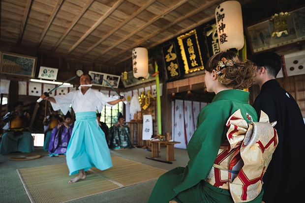 平戸の伝統的な伝統芸能「平戸神楽」
