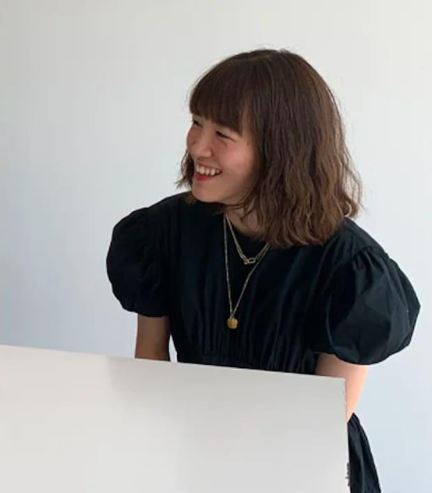 森井杏南(EQUALAND SHIBUYA ディレクター) 1994生まれ。文化服装学院卒業後、ワンオー入社。デザイナーズブランドや外資ブランドのPR、企画、コンサル業務に携わる。現在は、2020年7月にオープンしたイコーランドシブヤのディレクターを務める。