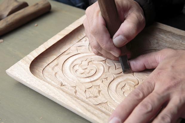「つなぐ・つながる 二風谷アイヌ展」伝統工芸制作風景