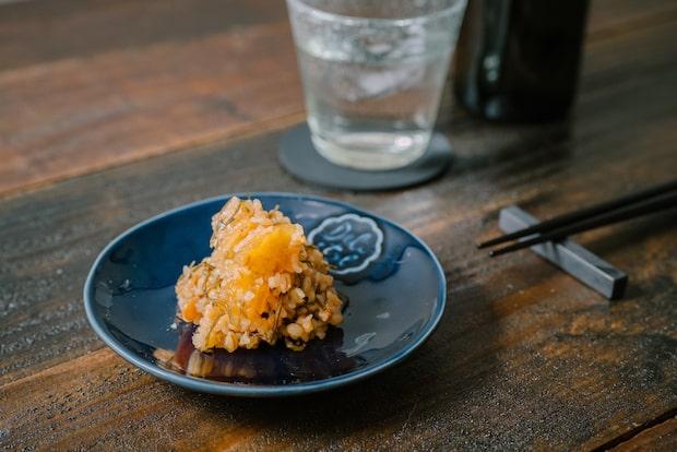 創業135年の味噌屋がつくる〈青パパイア入り金山寺味噌〉6個入り1,900円(税込)※要冷蔵。青パパイアの酵素と味噌、Wの発酵の力に期待。腸活にいかがですか?
