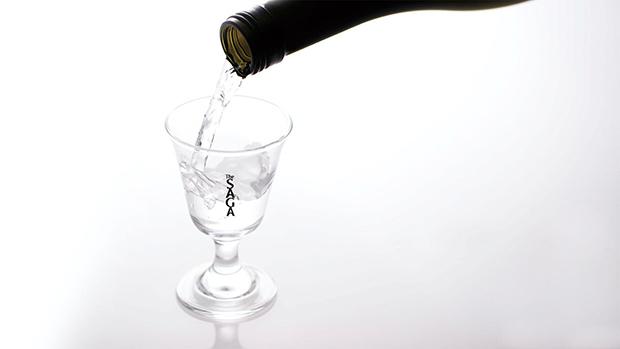 「桜升 一本桜」のセットの〈The SAGA 貴人(あてびと)〉グラス。