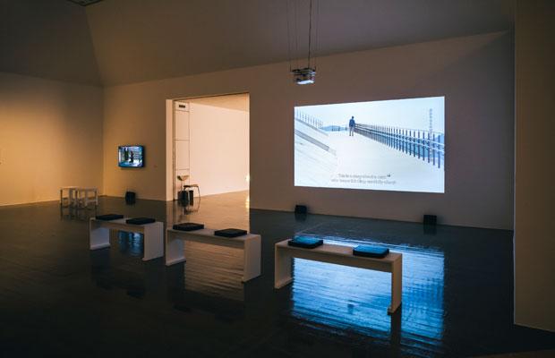 『3.11とアーティスト:10年目の想像』水戸芸術館現代美術ギャラリーでの展示風景。