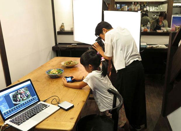 下田での撮影の仕事を娘が手伝ってくれることも。