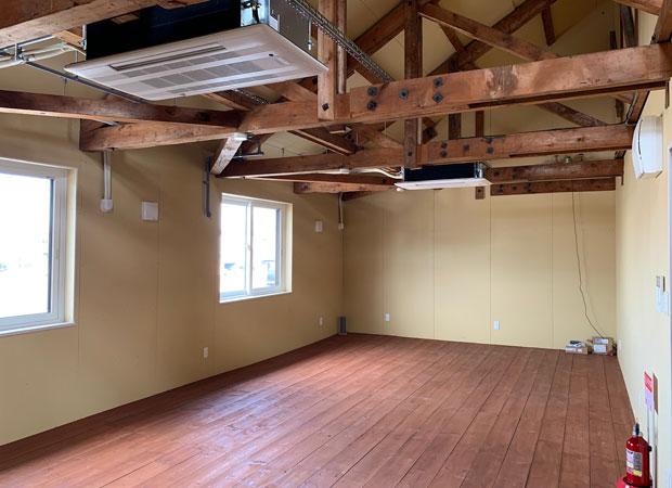2階のカフェ用スペース。