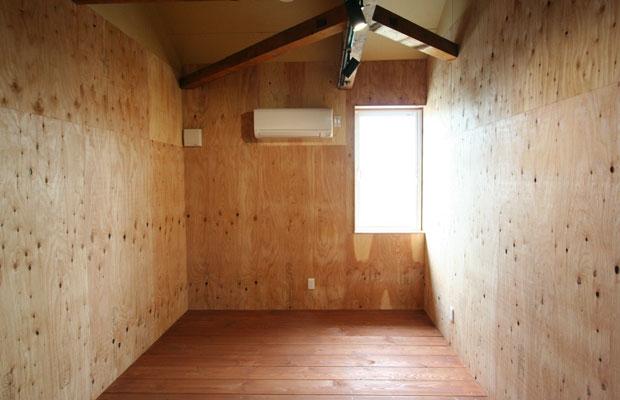 2階のオフィス向けの個室。