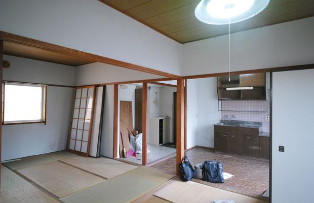 当時の室内の状態。和室2室の2DK。