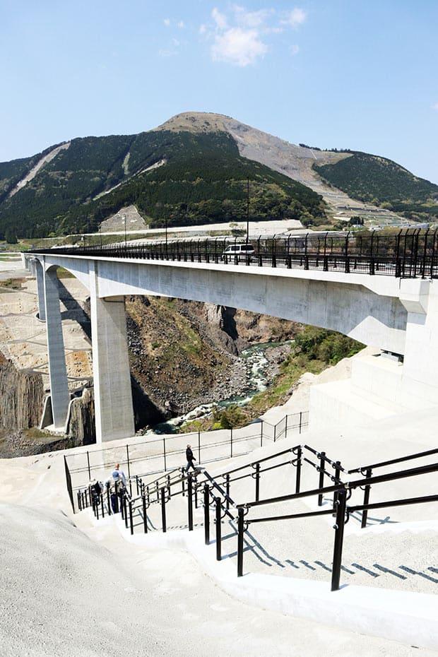 新阿蘇大橋の開通で南阿蘇へのアクセスが良好に。