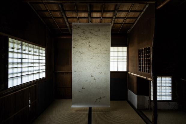「満月」の茶室に特別展示されるインスタレーション作品『Lotuses 2 氷蓮図(二)』