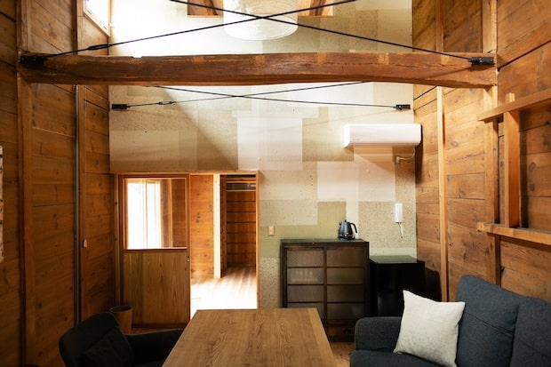 和紙原料問屋の別邸を改修したNIPPONIA美濃商家町の客室。金庫蔵や材料蔵、茶室、迎賓室など様々なタイプの部屋がある。