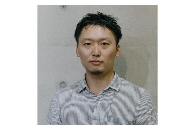 岡本裕志(ヴィジュアルストーリーテラー/写真家/映像ディレクター) 1990年東京都生まれ。別府市の立命館アジア太平洋大学卒業。在学中は社会学と人類学を学び、東部アフリカへ頻繁に訪れる。 卒業後は映像制作会社を経て、写真家・映像ディレクターとして独立。社会と個人の関係を題材に、国内外でプロジェクトを行う。手がけた写真集がドイツのDummy Award Kasselにて準グランプリ受賞。オランダの写真雑誌・Foam Magazineへの掲載や2016年にはVogue Italiaが選ぶベスト写真集10選に選ばれ、ニューヨーク近代美術館(MoMA)ライブラリーへ収蔵されるなど、多岐に渡り活動。