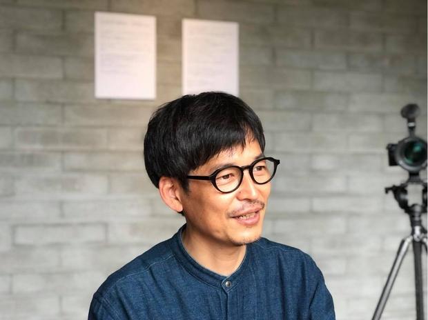 各地で地域映画を制作している映像作家の三好大輔さん。