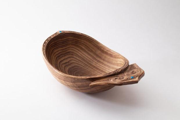 貝澤徹さんの作品。器を意味する「ニマ」は、大小さまざまな形があります。