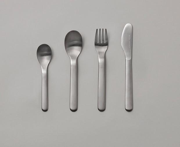 JUNIOR Cutlery set ¥5,500(税込)。