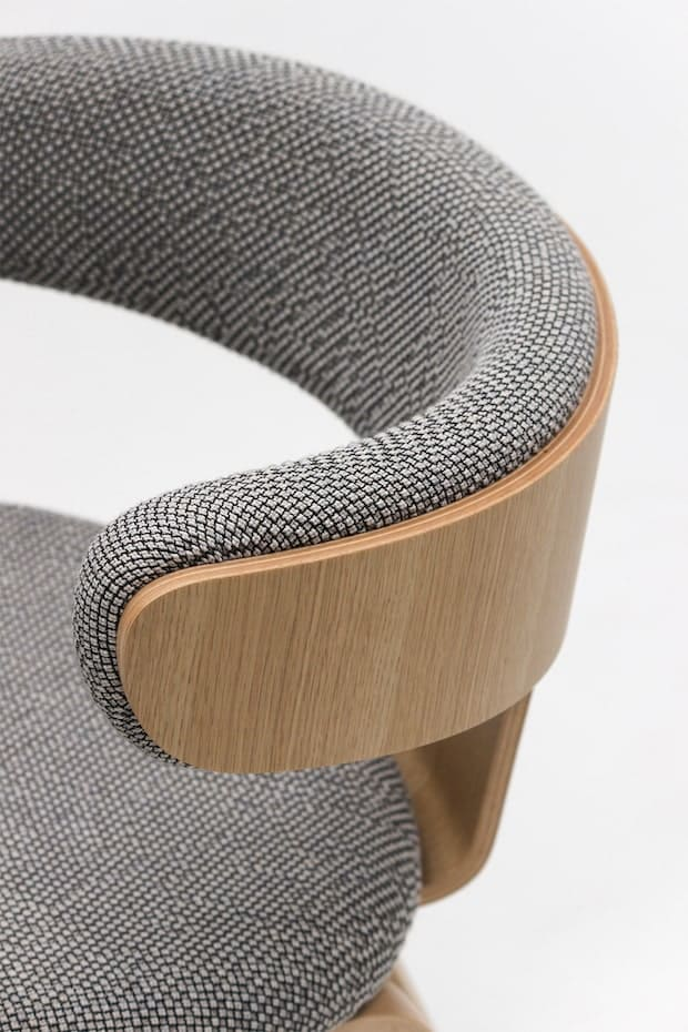 Swing chair Design by Hiroshi Nakamura ソリ脚チェア ナラ[ST色] W590 D533 H725 SH460 123200円 ※張地D 「コリーヌ2」限定