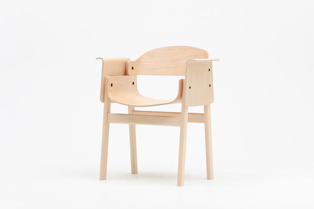 SAND Design by Koichi Futatsumata アームチェア メープル  ホワイトビーチ ナチュラル  W637 D484 H740SH433 AH675 97900円