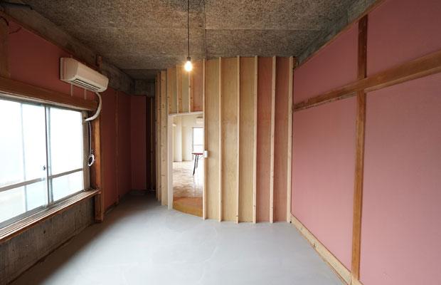 Room Eはギャラリー仕様に。