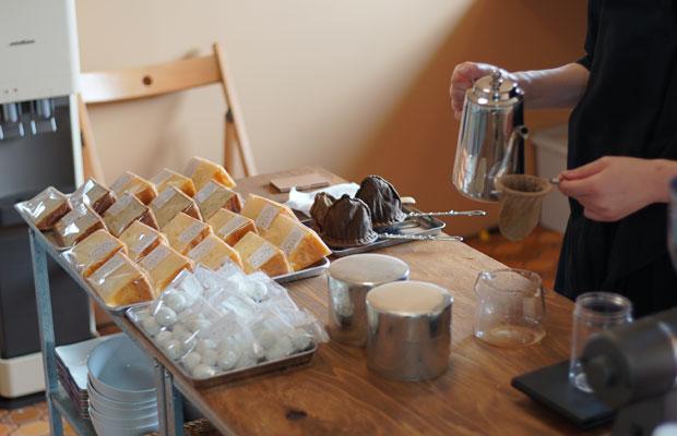 出張コーヒーで出展してくれた〈珈琲11月の雨〉さんは秦野から。