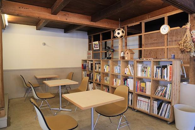書籍は、デザインやアート、ビジネス、トラベルの書籍を中心に選書。