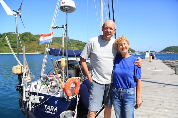 〈Sailing Coffee〉という店名は、オランダからヨットに乗って西ノ島にやってきたご夫妻が別れ際に発した「出発は明後日くらいかな。明後日の午後から風がよくなりそうだから」という何気ない言葉の魅力に後押しされ、命名。