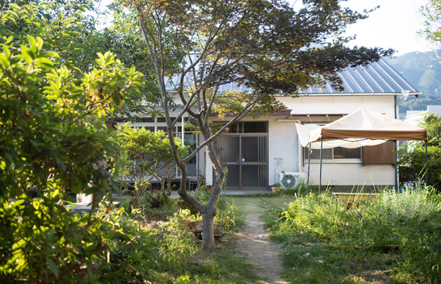 昭和中期頃に建てられた一軒家を改修したお店。