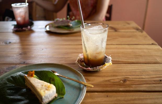 暑さでへばった夏にうれしいロースイーツと酵素ジュース。