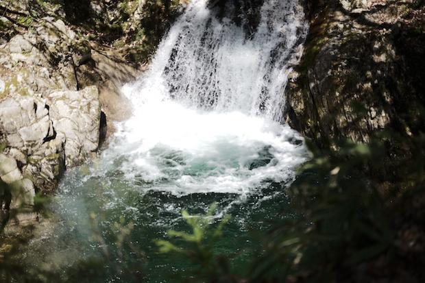 社員旅行で訪れた滝