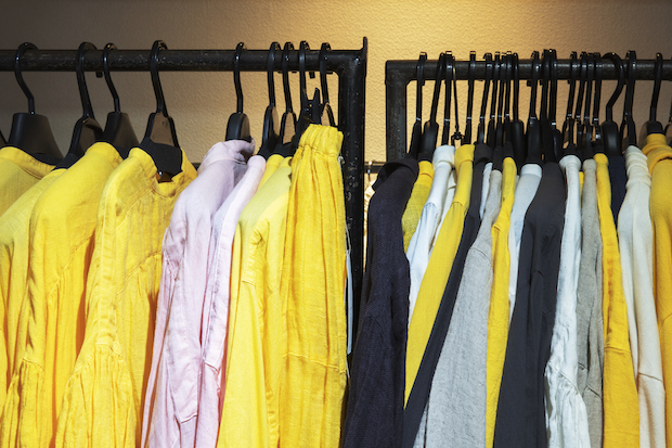 細かい計算で作られる洋服の数々