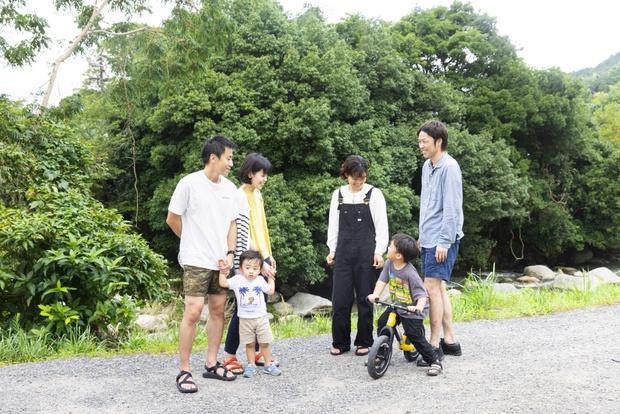移住してくるのを待ってますよと、坂田さん一家から吉原さん一家へ。長いつき合いになりそうだ。
